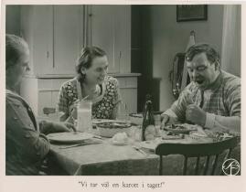 Bomans pojke : Ett filmlustspel med sång - image 34
