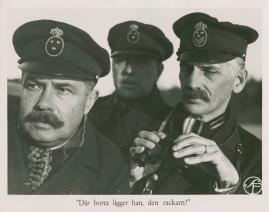 Bomans pojke : Ett filmlustspel med sång - image 19