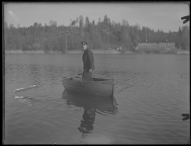 Bomans pojke : Ett filmlustspel med sång - image 160