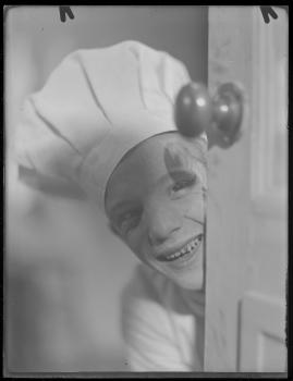 Bomans pojke : Ett filmlustspel med sång - image 166