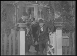 Bomans pojke : Ett filmlustspel med sång - image 148