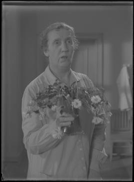 Bomans pojke : Ett filmlustspel med sång - image 153