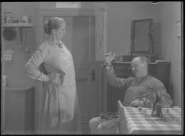 Bomans pojke : Ett filmlustspel med sång - image 73