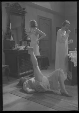 Giftasvuxna döttrar - image 19