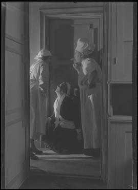 Två man om en änka - image 112