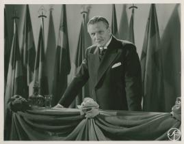 Karl Fredrik regerar - image 11