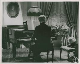 Karl Fredrik regerar - image 35