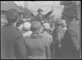"""Simon i Backabo : Den sällsamma historien om Simon Jönsson, hans fall och upprättelse, berättad efter en idé ur """"Sympatiske Simon"""" - image 80"""