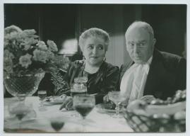 Äktenskapsleken - image 58