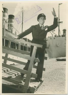 En sjöman går iland - image 2