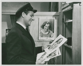 En sjöman går iland - image 5