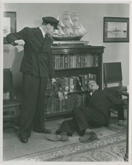 En sjöman går iland - image 33