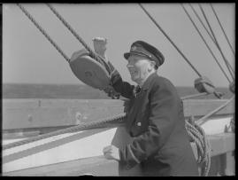 Styrman Karlssons flammor : En sjömans äventyr till lands och vatten - image 15