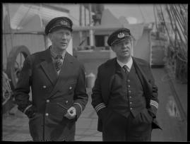 Styrman Karlssons flammor : En sjömans äventyr till lands och vatten - image 251