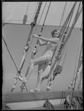 Styrman Karlssons flammor : En sjömans äventyr till lands och vatten - image 86