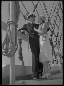 Styrman Karlssons flammor : En sjömans äventyr till lands och vatten - image 234