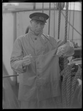 Styrman Karlssons flammor : En sjömans äventyr till lands och vatten - image 23
