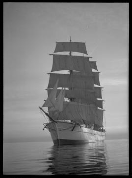 Styrman Karlssons flammor : En sjömans äventyr till lands och vatten - image 192