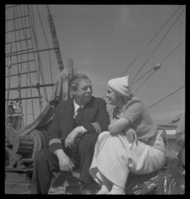 Styrman Karlssons flammor : En sjömans äventyr till lands och vatten - image 108