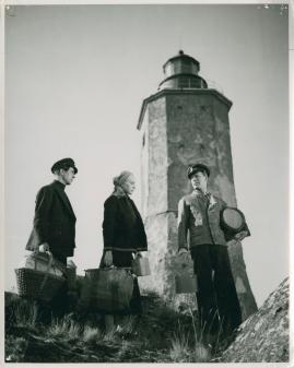 Vingar kring fyren - image 4