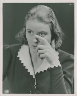 En kvinnas ansikte - image 152