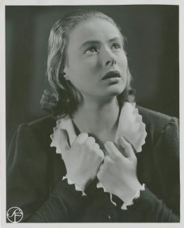 En kvinnas ansikte - image 153