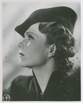 En kvinnas ansikte - image 119