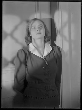 En kvinnas ansikte - image 133