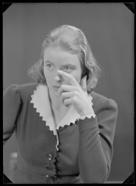 En kvinnas ansikte - image 137