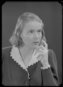 En kvinnas ansikte - image 87