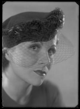 En kvinnas ansikte - image 61