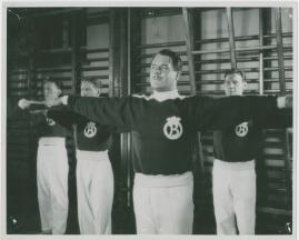 Adolf i eld och lågor - image 3