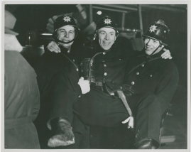 Adolf i eld och lågor - image 25