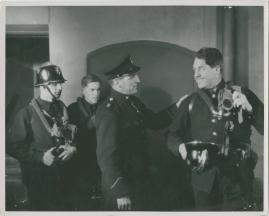 Adolf i eld och lågor - image 30