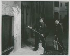 Adolf i eld och lågor - image 38