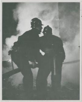 Adolf i eld och lågor - image 20