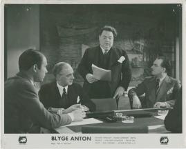 Blyge Anton - image 24