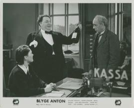 Blyge Anton - image 48