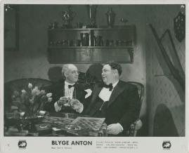 Blyge Anton - image 8
