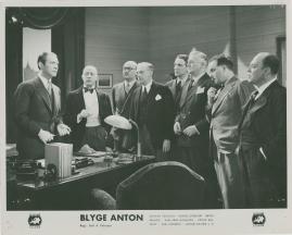 Blyge Anton - image 43