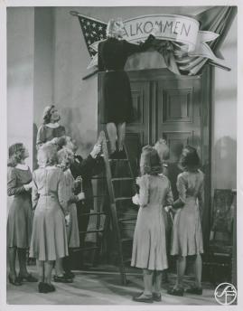 Lärarinna på vift : En osannolik berättelse för filmen - image 74