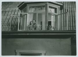 Flickan i fönstret mitt emot - image 43