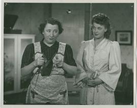 Kvinnan tar befälet - image 56