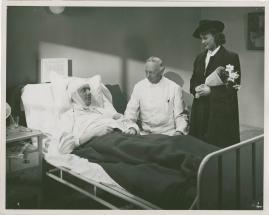 Kvinnan tar befälet - image 5