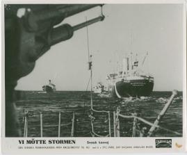 Vi mötte stormen : En bildkavalkad från den stora ofredens år - image 54