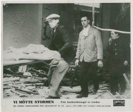 Vi mötte stormen : En bildkavalkad från den stora ofredens år - image 57