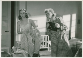 Kvinnor i fångenskap - image 60