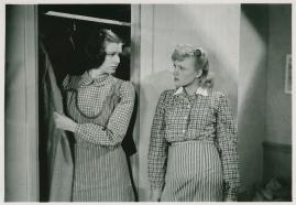 Kvinnor i fångenskap - image 22