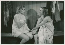 Kvinnor i fångenskap - image 61