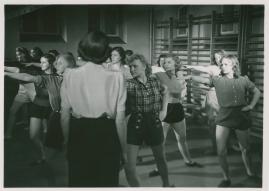 Kvinnor i fångenskap - image 24